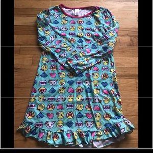 ☀️ 2/$10 Emoji Flannel Nightgown 10
